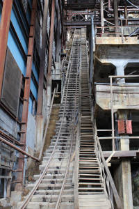 375-Stairs
