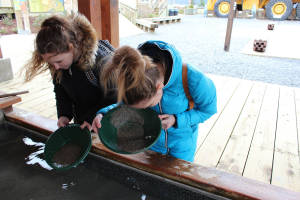 Alexandra-and-Sabira-Panning-for-Gold