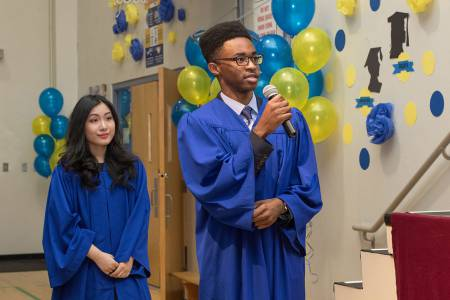 Bodwell-Graduation-2017-Ceremony-027