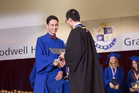 Bodwell-Graduation-2017-Ceremony-083