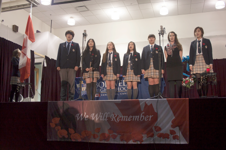 Remembrance-Day-Assembly-2016-(15)