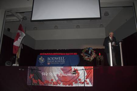 Remembrance-Day-Assembly-2016-(251)