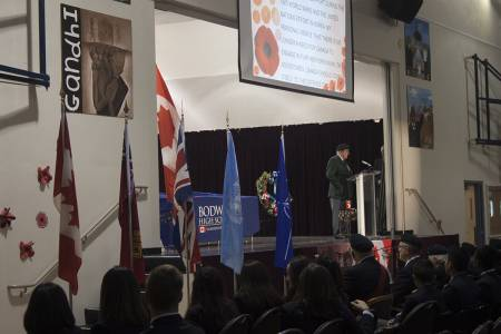 Remembrance-Day-Assembly-2016-(76)