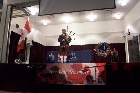 Remembrance-Day-Assembly-2016-(82)